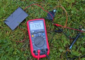 solcell med lysdiod en moldning dag