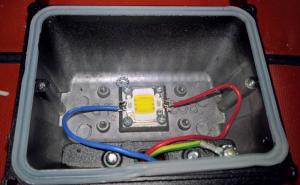 Smart trädgårdsbelysning med Arduino och 12V