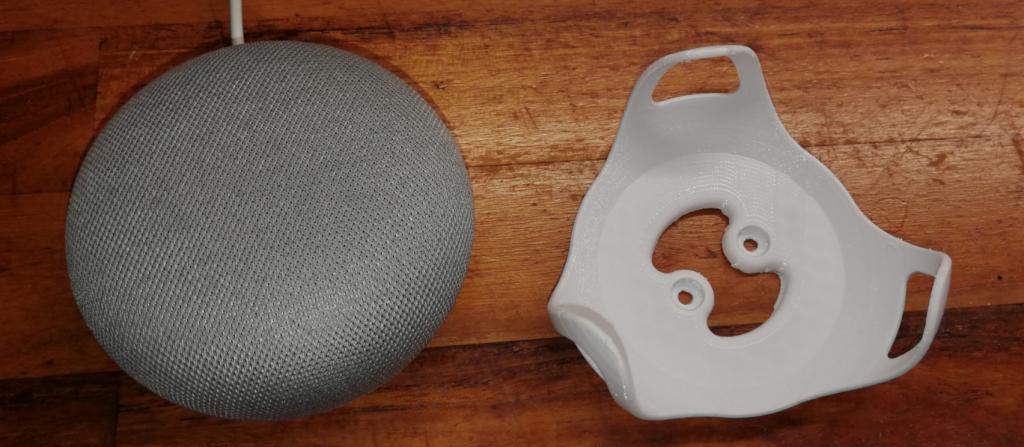 Google Home Mini med 3D utskrivet fäste