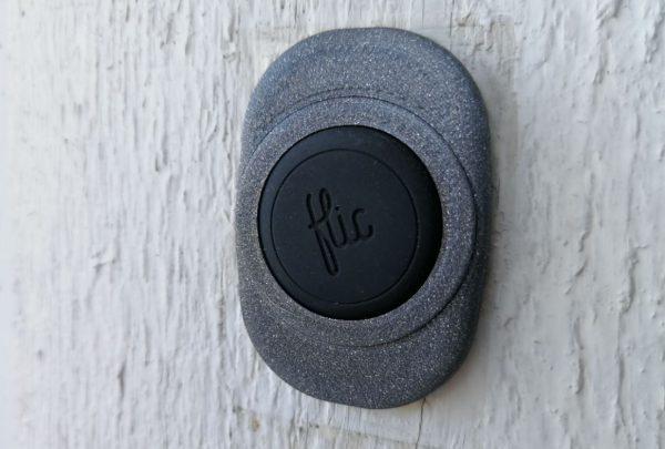 Här är min dörrklocka med en Flic knapp, den kopplar upp sig mot FLIC hub.