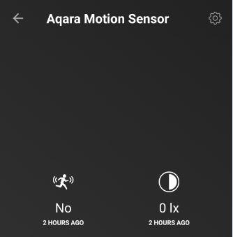 I Homey appen ser jag nu när senaste rörelsen registrerades och hur ljust det är i rummet.